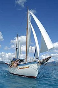 Summertime Aussie Adventure Sailing Whitsundays